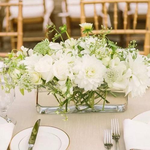 Свадебные цветочные композиции для банкетного зала