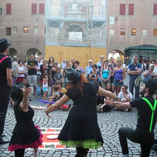La Sacra Famiglia@Ferrara Buskers Festival 2009