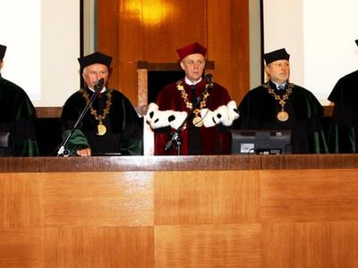 Inauguracja roku akademickiego 2015/2016 na Wydziale Wiertnictwa, Nafty i Gazu AGH