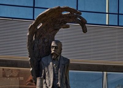 Odsłonięcie pomnika Ignacego Łukasiewicza w Zielonej Górze