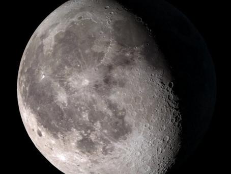 Der Mond in Zahlen