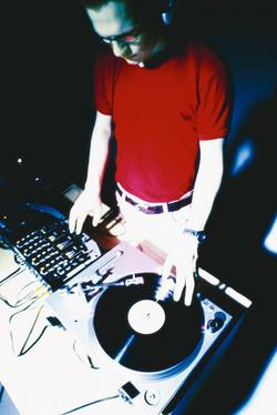 DJ ANTI