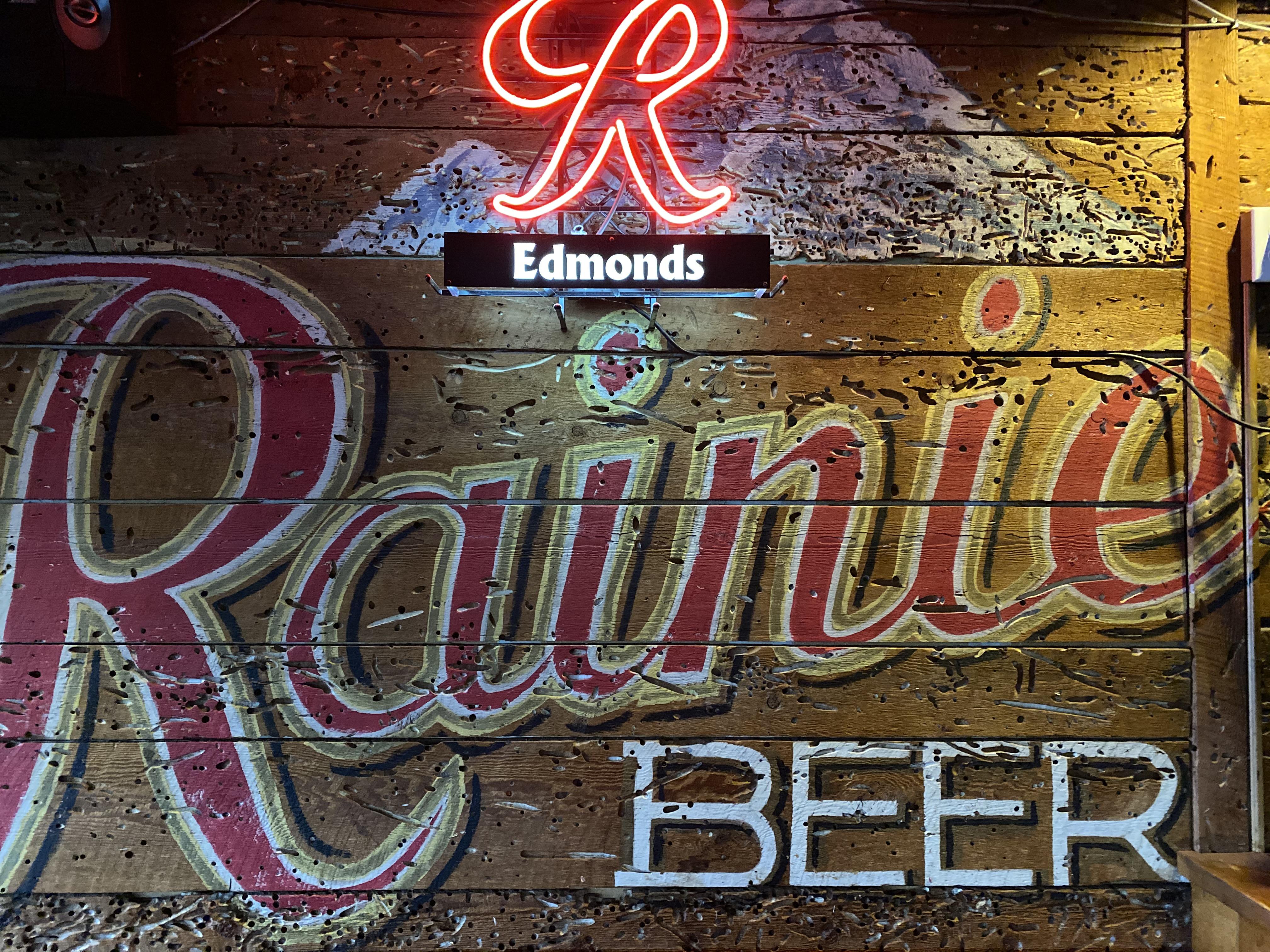 rainer mural.jpg