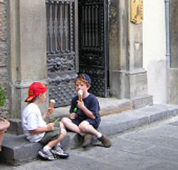 kids_with_gelato_in_florence