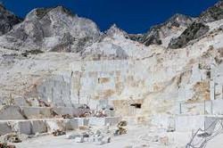 Michelangelo's marble quarries