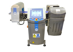 Loma Systems Compact Combination CW3 Checkweigher and Metal Detector.jpg