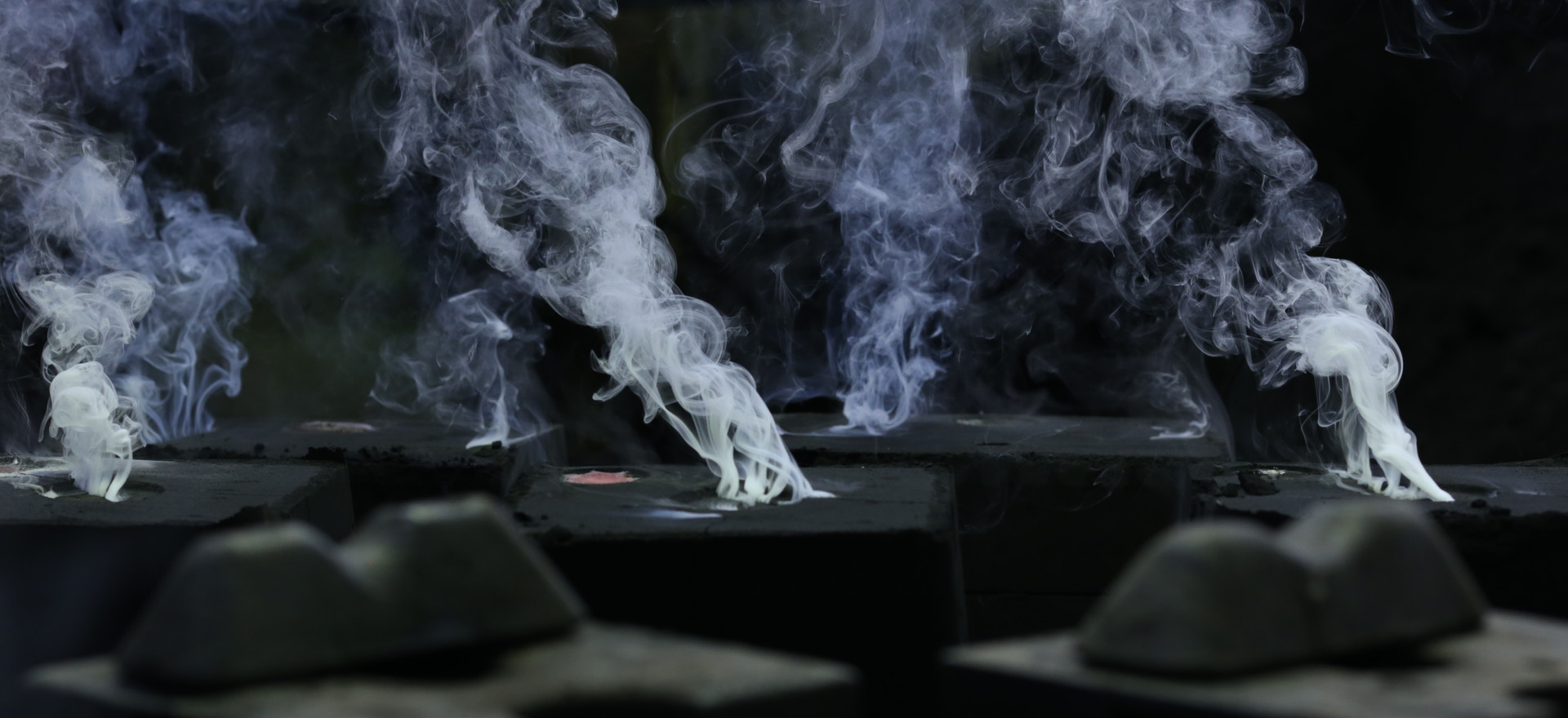 Smoke out of the mould