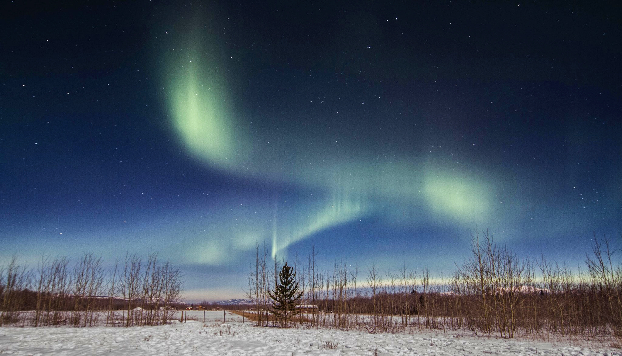 Aurora Borealis trails