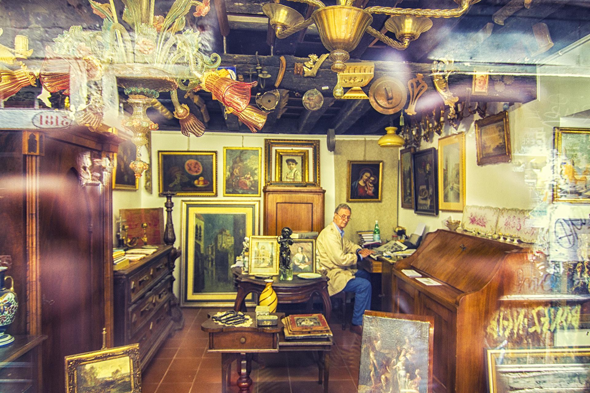 Peak into an artist shop