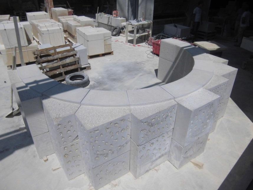 Plein cintre massif en pierre