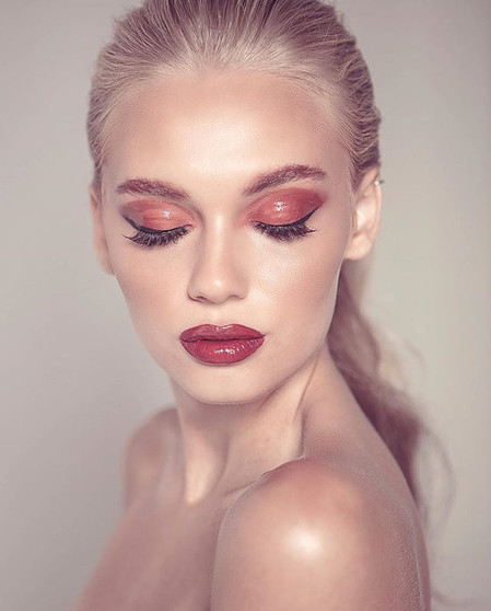 flashback friday to this glossy look for