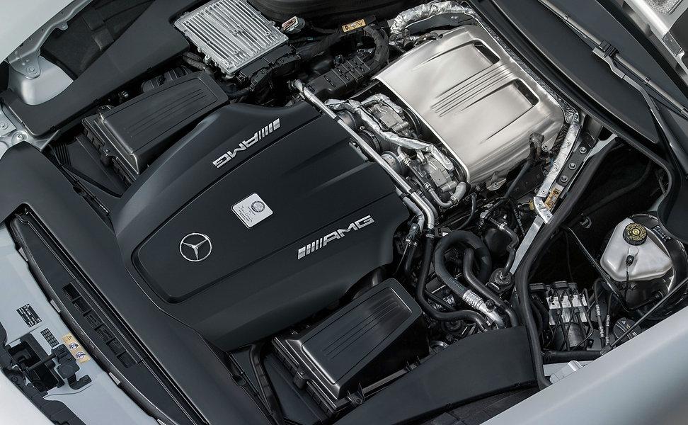 amg-gt-engine.jpg