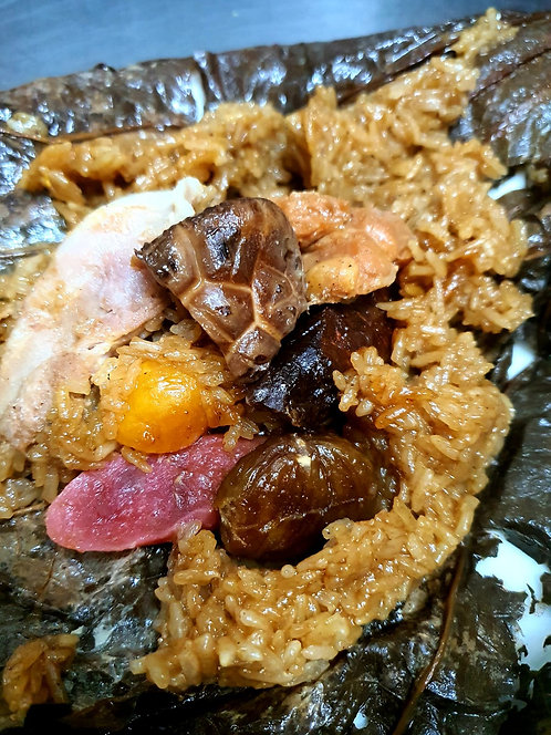 Lotus Leaf Rice with Chicken