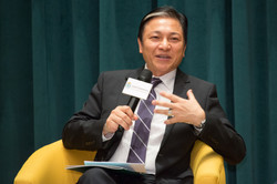 Dr. Royce Yuen