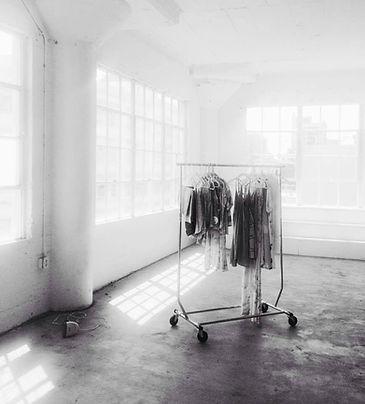 wardrobe rack, FD Photo Studio, steamer, clothes
