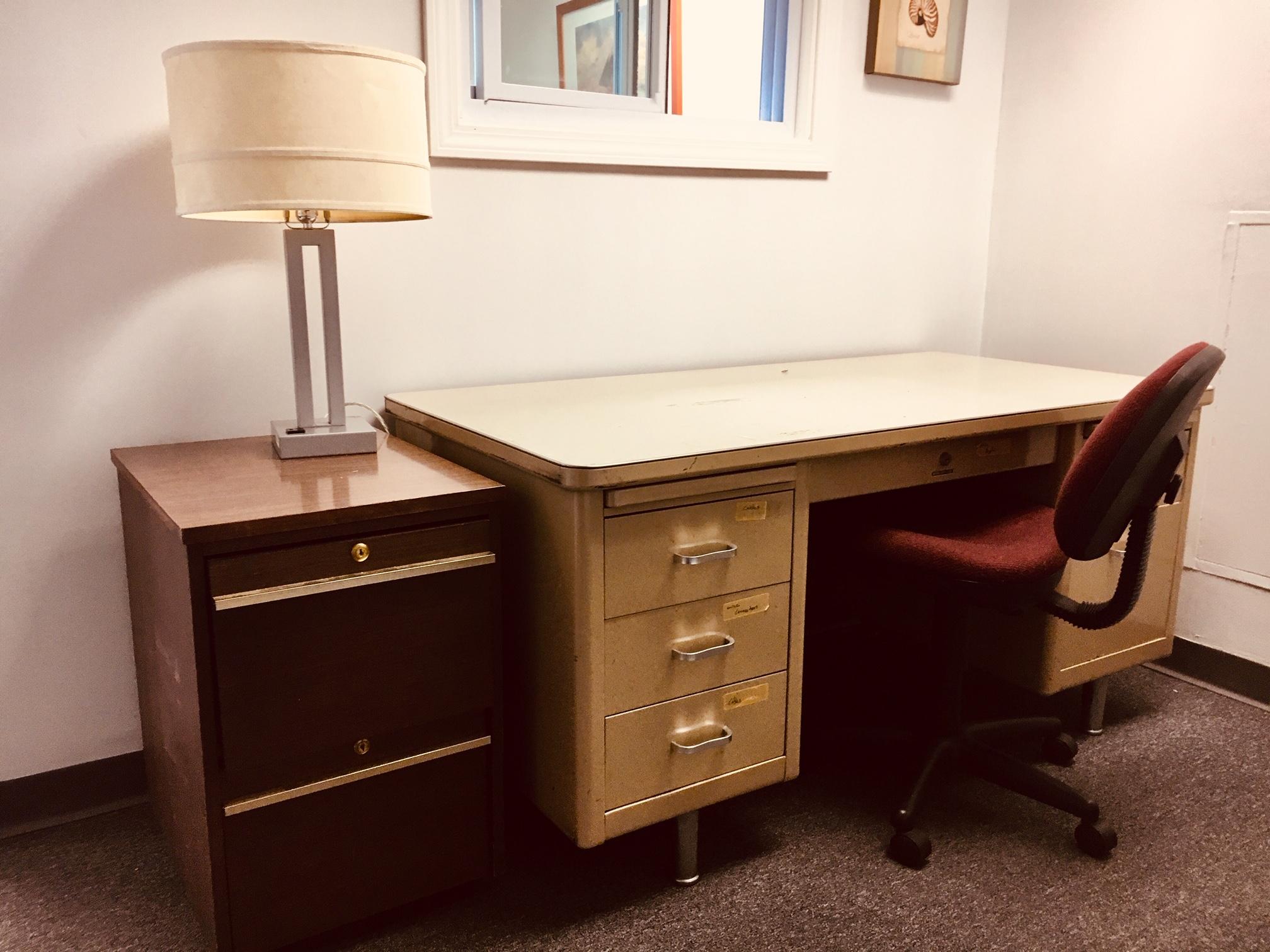 Deadline Room