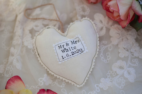 Hanging Heart - Wedding Favour - Anniversary Gift