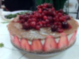 עוגת פירות יער בשלוש שכבות - Raw Food
