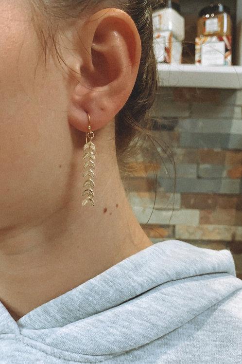 Boucle d'oreille épi doré