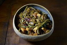 תבשיל ירקות בחמאת בוטנים