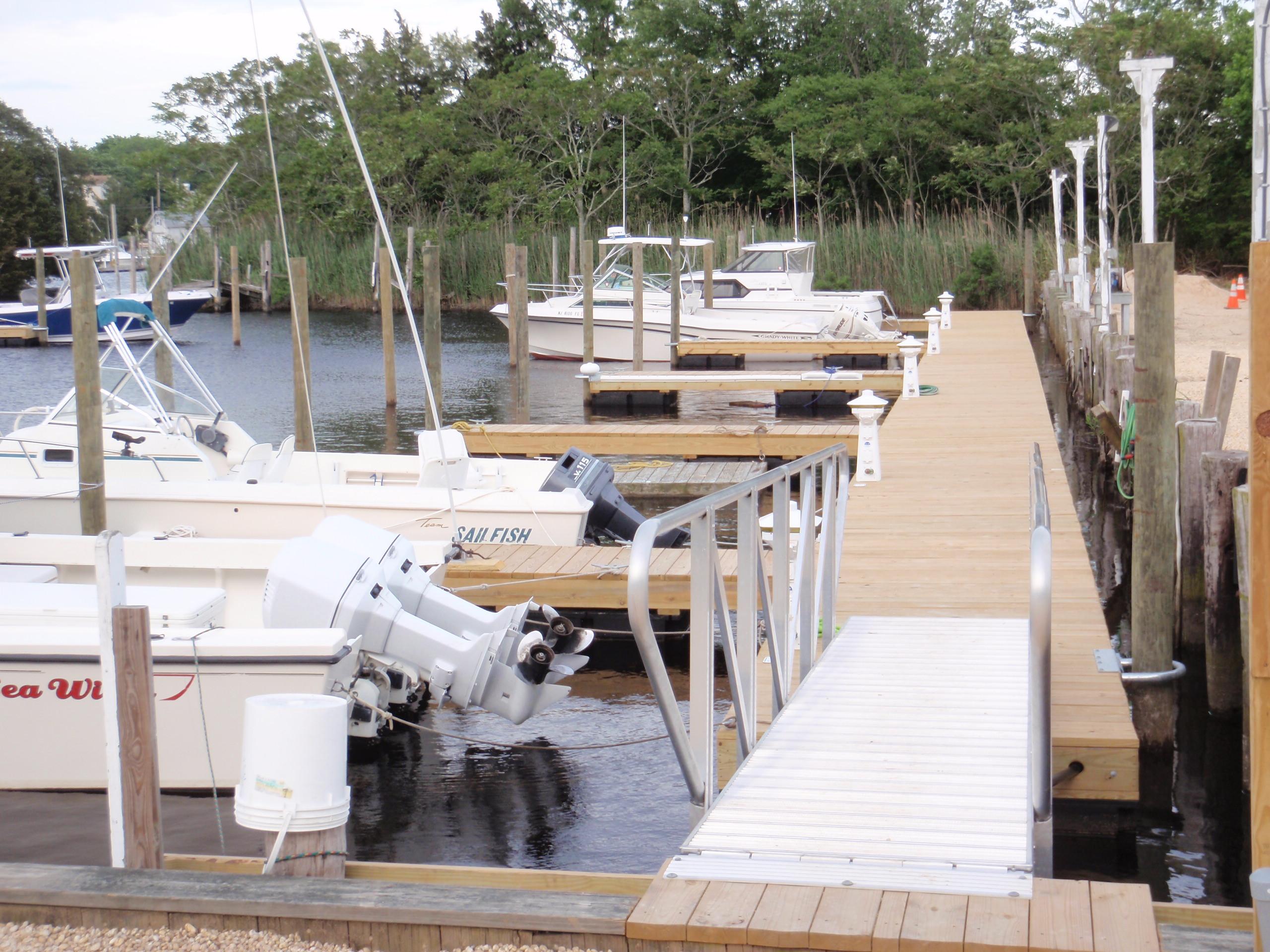 D Docks