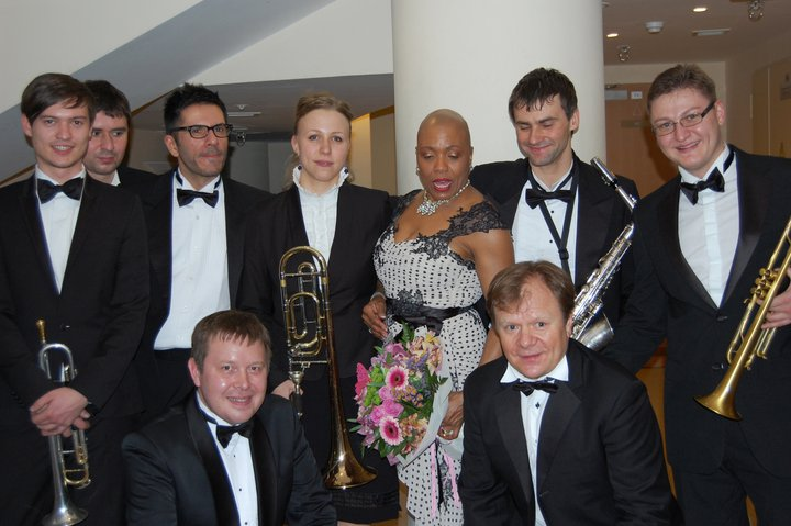 Facebook - with Dee Dee Bridgewater.jpg