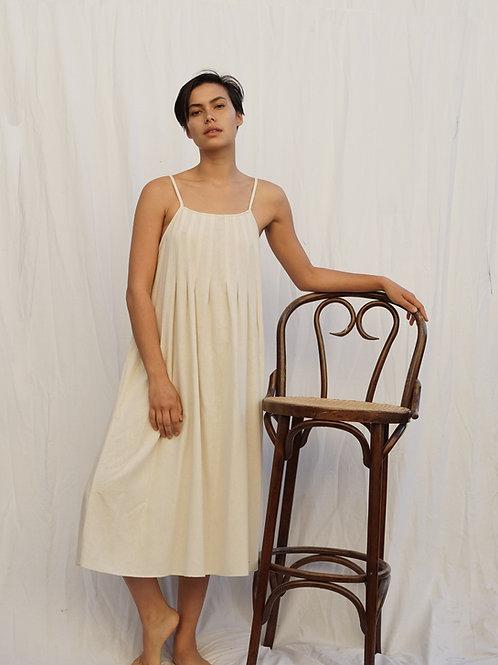 pleat pleat dress in raw silk