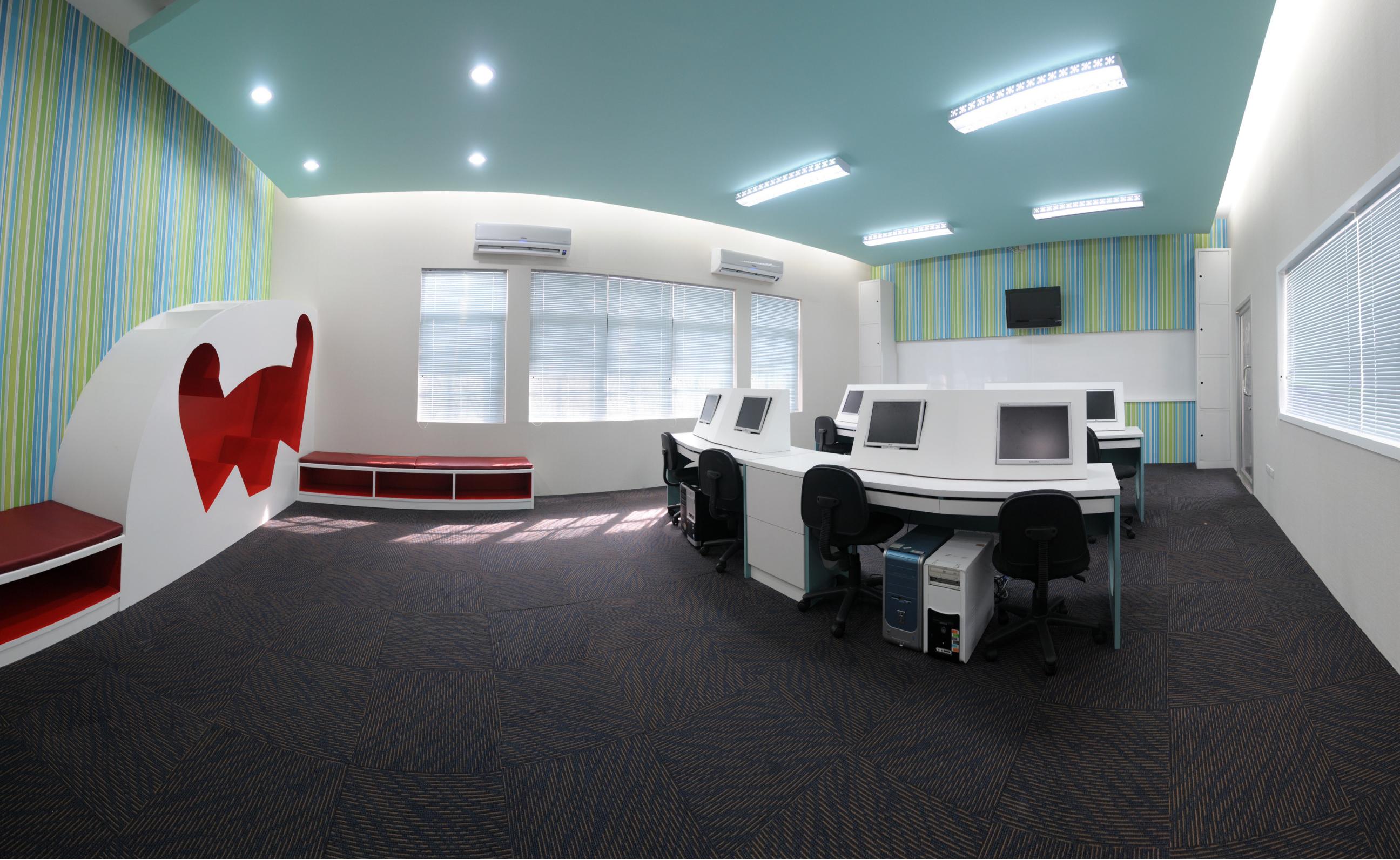โรงเรียนวัดลาดสิงห์ สุพรรณบุรี