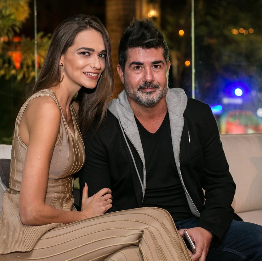 Luciano Martins e Carol Castagna