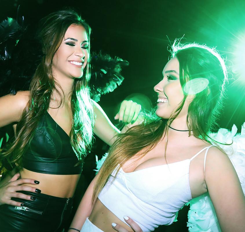 Giovana Raupp e Cinthia Massa _ foto Angelo Santos