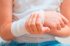 Você sabia que crianças e adolescentes podem sofrer de doenças reumáticas?