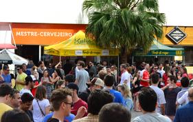 Loja especializada em cervejas artesanais reúne 26 taps de chopes em evento