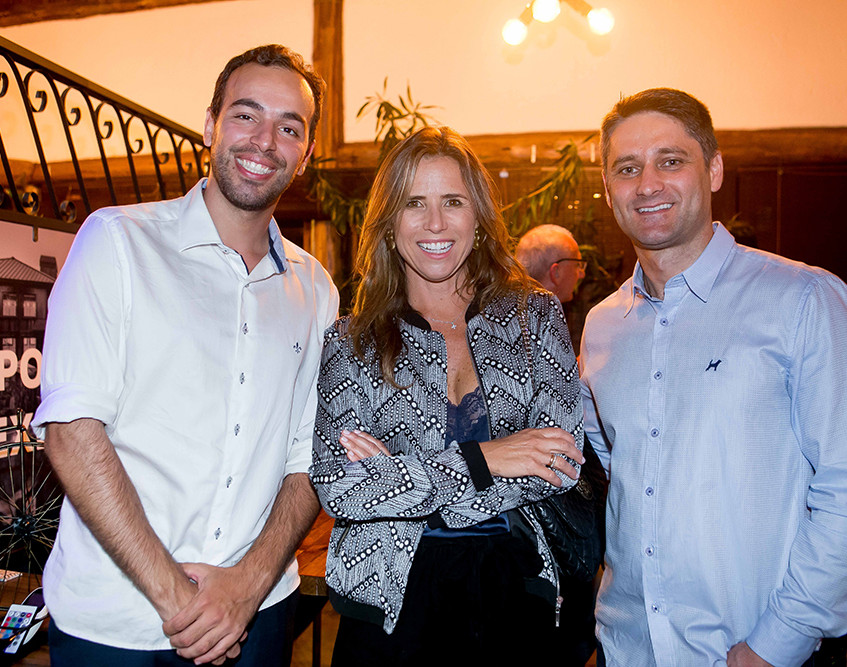 Tiago Fernandes, Gisela dos Santos e Gutieres Baron