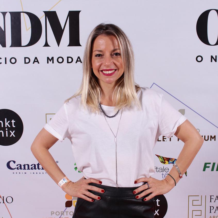 Carla Lins