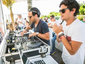 Samba e música eletrônica embalam o feriado no Cafe de La Musique, em Jurerê Internacional