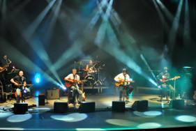 Show inédito apresenta Dazaranha e Expresso em versão acústica