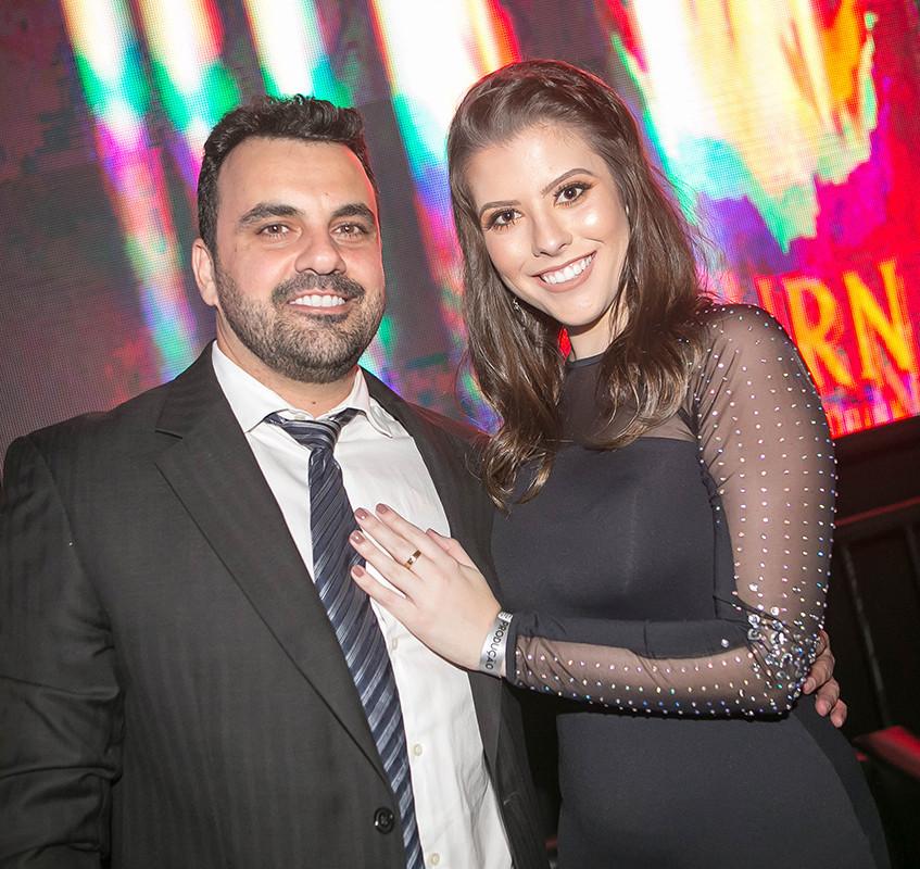 Juninho Cavichioli e Marianne Ferreira