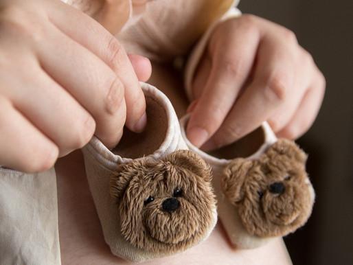 Auxílio-Maternidade no INSS tem novas regras para solicitação