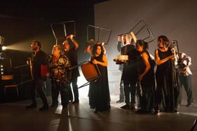 Grupo Galpão apresenta pela primeira vez em Blumenau seu espetáculo mais recente, OUTROS, em curta t