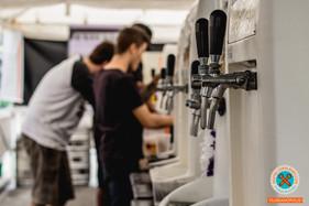 Festa cervejeira- loja especializada em cervejas artesanais celebra fim de ano com festival de cerv