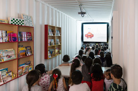 Contêiner do Projeto Circuito Cultural sobe a serra catarinense