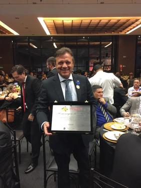 Grupo Pereira é homenageado em jantar da ABRAS, em São Paulo, entre os maiores supermercadistas do p