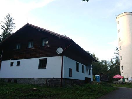 Pokračují přípravy na rekonstrukci chaty na Libíně