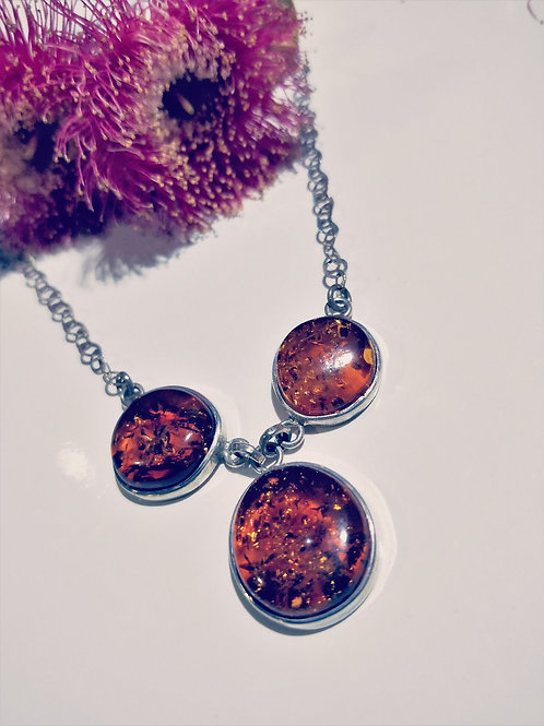 Amber 3 stone necklace