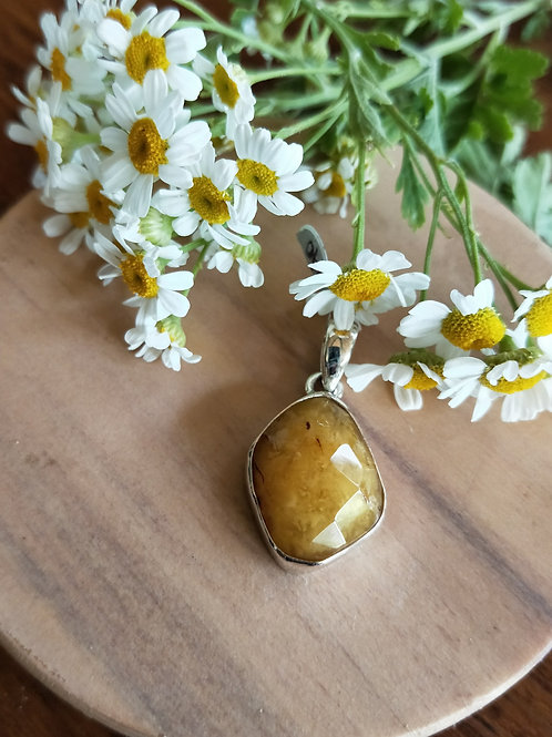 Amber faceted pendant