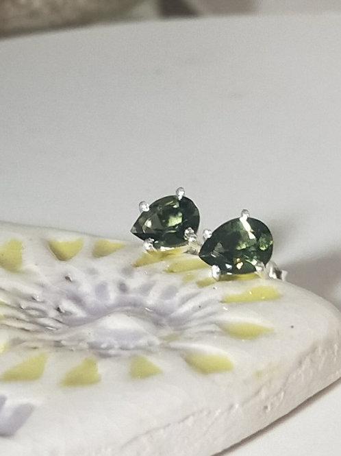Moldavite faceted studs