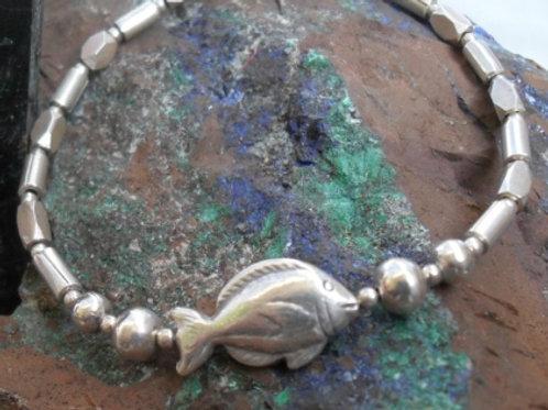 Hilltribe silver fish bracelet