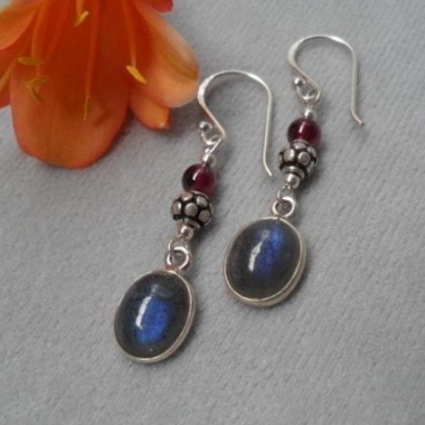 Labradorite & Garnet double stone