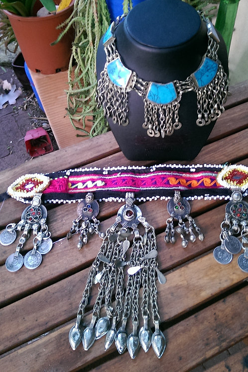 Kuchi necklace in bottom of pic