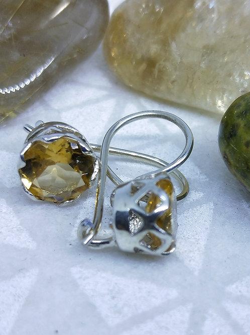 Citrine lock earrings